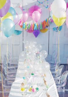 Throw a colourful glam Surprise Party! Unicorn Birthday Parties, First Birthday Parties, Girl Birthday, Party Kulissen, Party Time, Party Ideas, Unicornio Birthday, Pastell Party, Backdrops For Parties