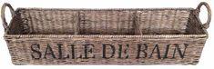 Deze bruine rieten badkamermandjes hebben 3 opbergvakken en hebben het opschrift 'Salle de Bain'. De badkamermanden zijn 60 cm breed, 15 cm diep en 15 cm hoog.