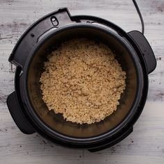 Make cooking easy and simple with a pressure cooker! It only takes 15 minutes to cook sorghum for any meal. Get pearled sorghum pressure cooker directions here: Using A Pressure Cooker, Pressure Cooker Recipes, Pressure Cooking, Gaspacho Recipe, Bacalhau Recipes, Koulourakia Recipe, Bistek Recipe, Lectin Free Foods, Frango Chicken
