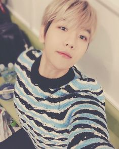 "[151222] Baekhyun IG update ""으아어어어!!! #기지개샷"""