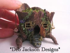 amazing polymer clay schulpture. tiny house.