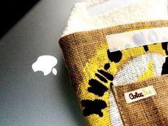 Macbook case, Macbook cover, Macbook sleeve | Product Review of ColcaSac Juan Valdez Macbook sleeve