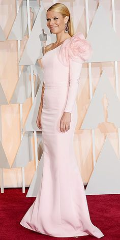 Academy Awards 2015: The stunning actress Gwyneth Paltrow look lovely in this pink gown
