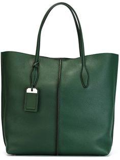 http://www.farfetch.com/mx/shopping/women/tods-tag-detail-shopping-tote-item-11087841.aspx?storeid=9158