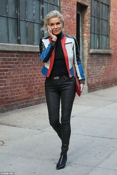 Still got it! Yolanda Hadid, 53, showed off her incredibly toned figure in fight dark skinny jeans that she cinched in at her hips with a fashionable belt while walking through NYC on Wednesday