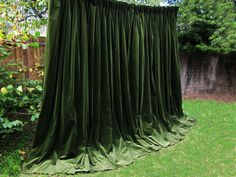BEAUTIFUL MOSS Green GOBLET Pleat GENUINE VINTAGE VELVET Curtains>THEATRE>STUDIO