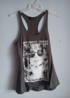 Kup mój przedmiot na #vintedpl http://www.vinted.pl/damska-odziez/koszulki-na-ramiaczkach-koszulki-bez-rekawow/13614168-stylowa-dluga-bokserka-z-wycietym-rekawem