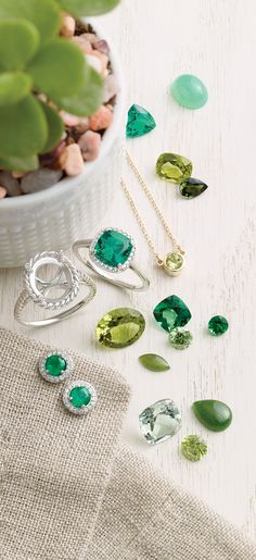 Emerald Rings and Earring Styles to Celebrate Spring!