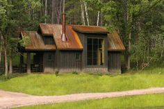 http://cabinporn.com/post/174056860/lakote-lake-encampment