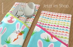 Tipps | 10 tolle Nähideen für Ostern - greenfietsen.de Plastic Cutting Board, Tableware, Projects To Try, Small Sewing Projects, Stocking Stuffers, Sewing Patterns, Amazing, Tips, Deco