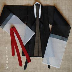 f969cf4f6e61 인형한복  구체관절인형한복  silk  costumedesign  craft  hanbok
