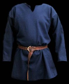 heavy long-sleeved tunic