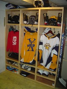 Hockey Lockers Ideas, Pictures, Remodel and Decor