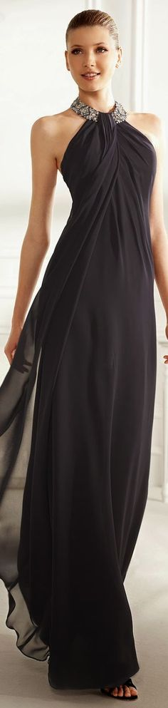 Black Maxi Dress . Lip Gloss Sample