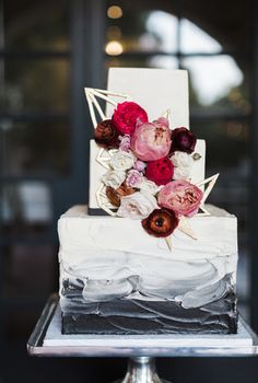 Watercolor geometric cake for Addison at the Dallas Arboretum || Sarah Delanie Photography