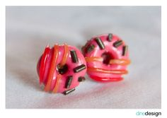 dinedesign - earrings - donuts pink/chocolate