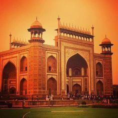 by @stephane.davy #mytajmemory #IncredibleIndia #tajmahal #tajmahal #mughal #architecture #agra #india #incredibleindia #beautifulindia #igersindia #igramming_india #india_gram #indiatravelgram #indiatravel #travel #travelindia #indiapictures #indiaclicks #photographers_of_india #wu_india #india_clicks #iloveindia #iphoneonly #latergram