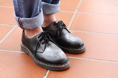 Dr Martens Did you ever stole from you boyfriend's closet? Here I did it..unfortunately for him!! Hope you like it!!     http://karenpozzi.blogspot.it/2013/04/come-indossare-i-vestiti-del-tuo-ragazzo.html