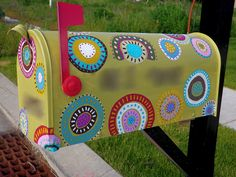 Painted Mailboxes   painted mailbox