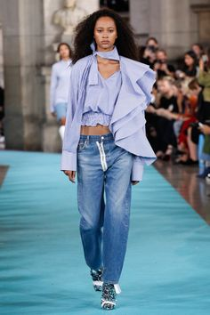 Off-White, Look #1