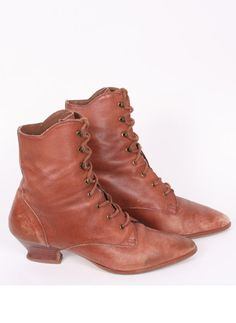 brown distressed leather ankle boots 6 / ramona west