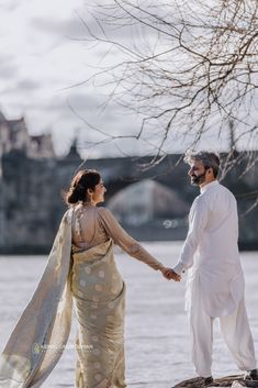 Lovely Couple with Traditional Pakistani Clothes in Prague Pakistani Outfits, Couple Pictures, Photoshoot Ideas, Prague, Sari, Gowns, Traditional, Couples, Clothes