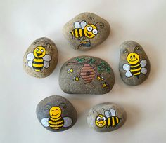 BEES! Painted rocks.