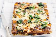 A no-crust quiche is light, low carb and perfect for breakfast, lunch or dinner. use fry light instead of olive oil and cottage cheese instead of ricotta for slimming world