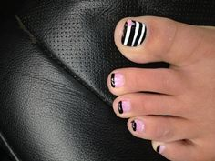 Toes to match pink nails...Kelly Kourtney