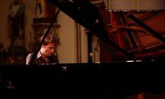 Concerts aux iles du Bic du 2 au 10 août 2014 www.tourismerimouski.com Concerts, Piano, Music Instruments, Music Bedroom, Music Festivals, Musical Instruments, Pianos