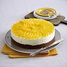 Schoko-Mango-Torte Rezept | LECKER