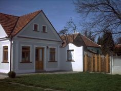 Rural House, Traditional House, Budapest, Cabins, Diy And Crafts, Shed, Cottage, Outdoor Structures, Homes