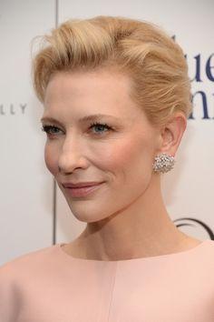 Cate Blanchett Wears #Van Cleef & Arpels of Blue Jasmine, #Socrate #earrings, the Finger™ #ring set, http://www.style-tips.com/en/news/archives/58413