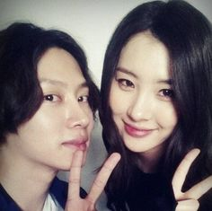 Heechul shows off his seven-year friendship with Sunmi   allkpop