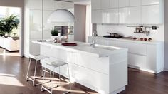 Sears Kitchen Remodel is one of the most recommended home improvement services that you can trust! All White Kitchen, New Kitchen, Kitchen Dining, Home Interior, Kitchen Interior, Scavolini Kitchens, Casa Milano, Interior Design Shows, Cuisines Design
