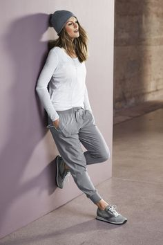 Athleta joggers & other new looks from some of my favorite brands for Fall.