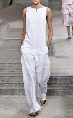 Summertime whites~White Maze Poplin Jacquard Jumpsuit by Kenzo for Preorder on Moda Operandi Looks Style, Style Me, Mode Monochrome, Jumpsuit With Sleeves, White Jumpsuit, Jumpsuit Dress, White Pantsuit, Sparkly Jumpsuit, Burgundy Jumpsuit