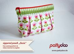pattydoo | free pattern and video tutorial zippered pouch | This is her blog page, containing the pattern for this adorable pouch! #sewing #zipper #tutorial #pouch #pattern