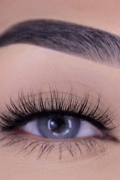 How To Apply Magnetic Eyelashes In 4 Easy Steps Fashion And Beauty Tips, Health And Beauty, Beauty Essentials, Beauty Hacks, Magnetic Lashes, Vegan Makeup, How To Apply Mascara, Natural Lashes, Beauty Review