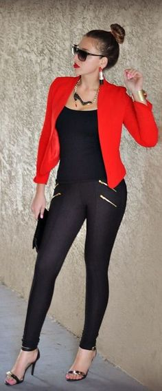 Red + Black + Gold. OMG this is exactly the look I was gonna go for my birthday!