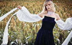 Download wallpapers Edie Campbell, British model, photo shoot, blue dress, woman in the field, fashion model