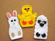 PATTERN: Easter Finger Puppet sewing tutorial – Bunny Rabbit, Sheep, Chick felt DIY childrens toy PDF – Dress Up play Holiday accessory Felt Diy, Felt Crafts, Easter Crafts, Easter Ideas, Felt Puppets, Felt Finger Puppets, Diy Handmade Toys, Diy Toys, Finger Puppet Patterns