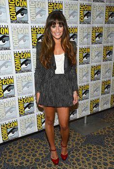 Lea Michele, la estrella de `Glee´ usa un look de dos piezas en tweed de Stella and Jamie, top blanco y zapatos Mary Jane de plataforma.