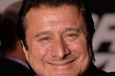 Steve Perry Illness | Ex-Journey Man Steve Perry Welcomed Back on Stage With Open Arms - NBC ...
