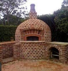 Check the photos and contact Vesuvio information about your favourite oven! These ovens fit perfectly your outdoor Wood Burning Oven, Wood Fired Oven, Wood Fired Pizza, Outdoor Oven, Outdoor Fire, Outdoor Rooms, Outdoor Living, Outdoor Ideas, Four A Pizza