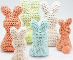 Super-Cute And Super-Easy Easter Bunny With Pom Pom