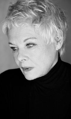 Judi Dench - English film, stage and TV actress, occasional singer and author. Photo by Sarah Dunn Judi Dench - English film, stage and TV actress, occasional singer and author. Photo by Sarah Dunn Iconic Women, Famous Women, Hollywood Stars, Old Hollywood, Celebrity Portraits, Celebrity Photos, Celebrity News, Celebrity Style, Aging Gracefully