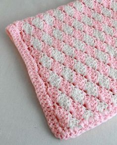 Shell Crochet Stitch Pattern & Video:Change Color Every Row Pattern by Maggie Weldon : Maggie's Crochet Blog