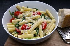 Ziti with tomatoes and arugula in a Gorgonzola cream sauce | MLive.com