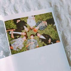 Album Bts, Polaroid Film